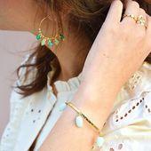 Jonc GARETH // Créoles PÉNÉLOPE Aqua Dose de soleil 🌞 . . #sirjane #sirjanebijoux #jewels #bracelet #gareth #stones #semipreciousstones #amazonite #jonc #demijonc #gold #bluestone #earrings #creoles #penelope #createurdebijoux #faitmain #bijoux #artisanat #artisanatfrançais #artisan #bijouxdecreateur #pierresfines #faitavecamour #summermood #newcollection