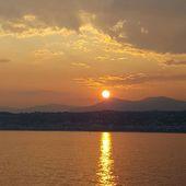 Départ pour la Corse ! ⛴☀️🌿 #sunset #nofilter #portdenice #holidays #summertime #familytime #ferry #corse #boattrip #corsica #lesvacancescestpasfini