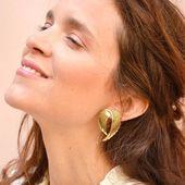 Boucles d'oreilles AMY Élégance intemporelle . . #sirjane #sirjanebijoux #earrings #newcollection #summermood #gold #jewels #createurdebijoux #madeinfrance #bijoux #bouclesdoreilles #creation #faitavecamour